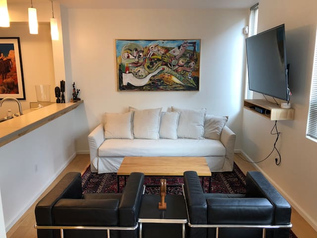 Lux one bedroom in the heart of downtown ABQ
