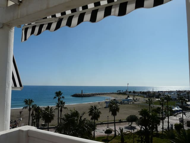 PUERTO BANUS FRONTAL SEA VIEW  - Marbella - Apartment
