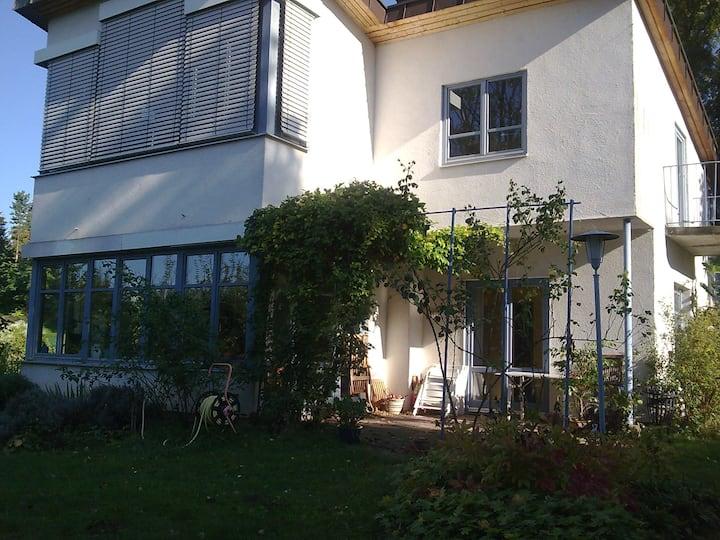 Haus im Grünen, mit Aussicht