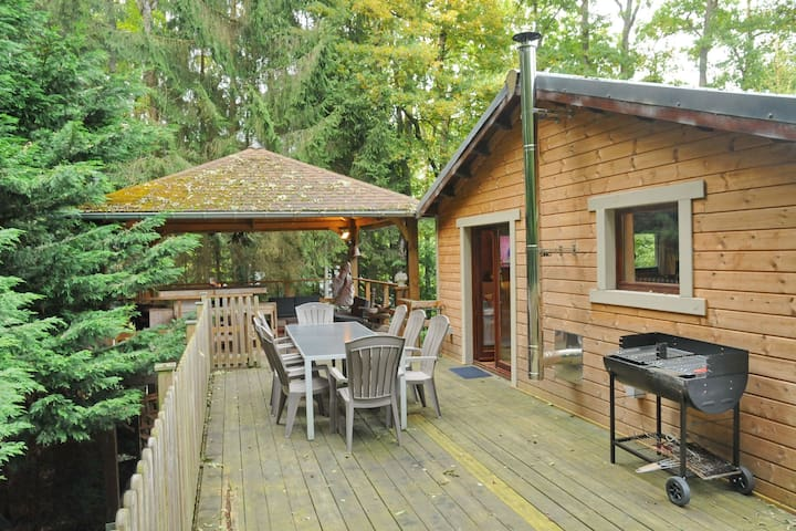 Cozy Holiday Home in Barvaux-sur-Ourthe with Sauna