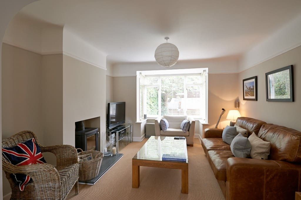 Sitting room through to Dining area