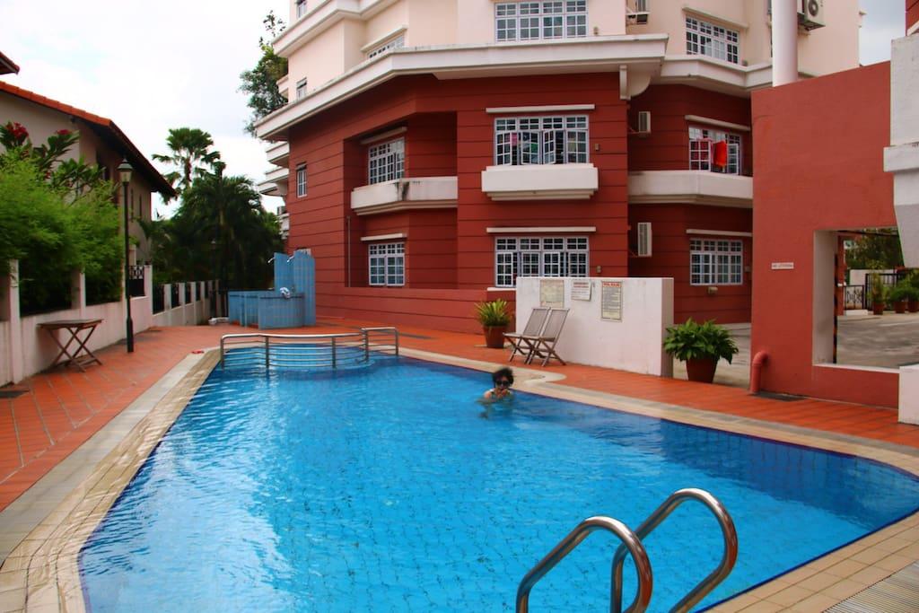 best master room renting serangoon appartements louer singapour singapour. Black Bedroom Furniture Sets. Home Design Ideas