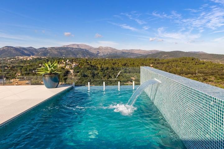 Montblau: Luxury home with breathtaking views