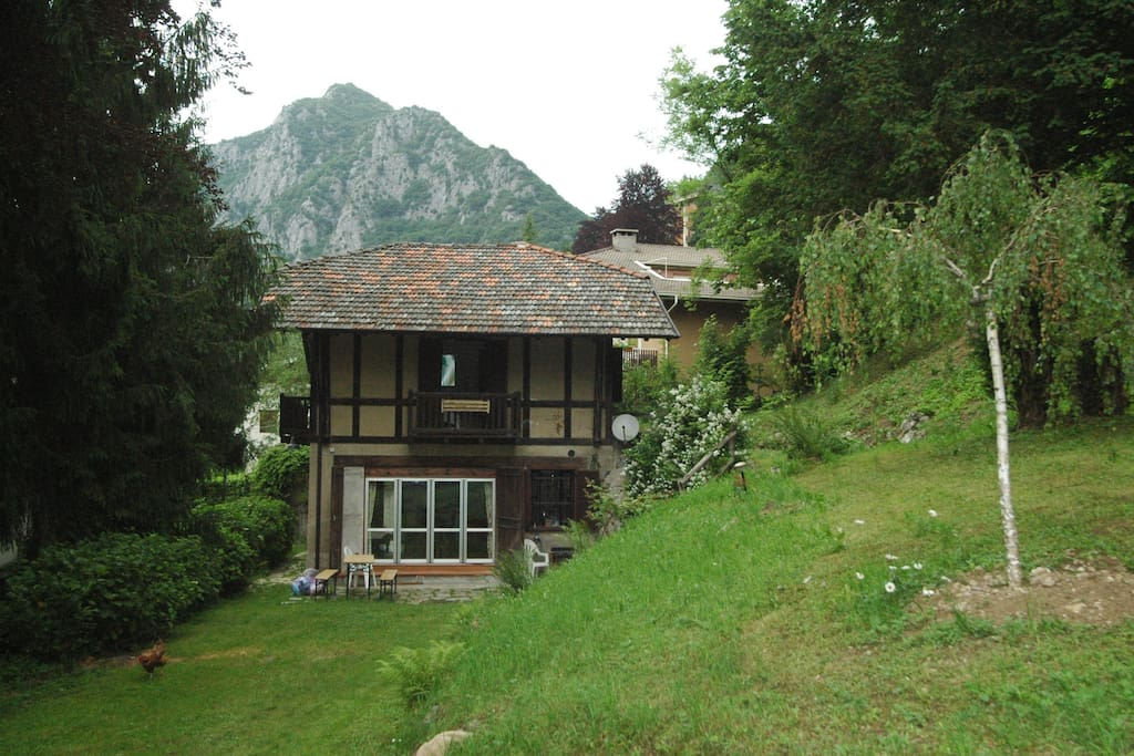 Chalet immerso nel parco