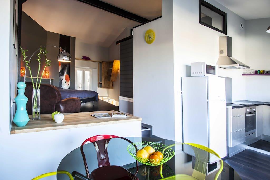 appartement de standing style loft appartements louer. Black Bedroom Furniture Sets. Home Design Ideas