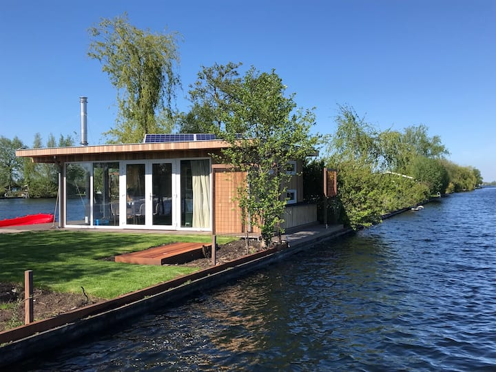 Tiny house Borneo Island (nearby Amsterdam)