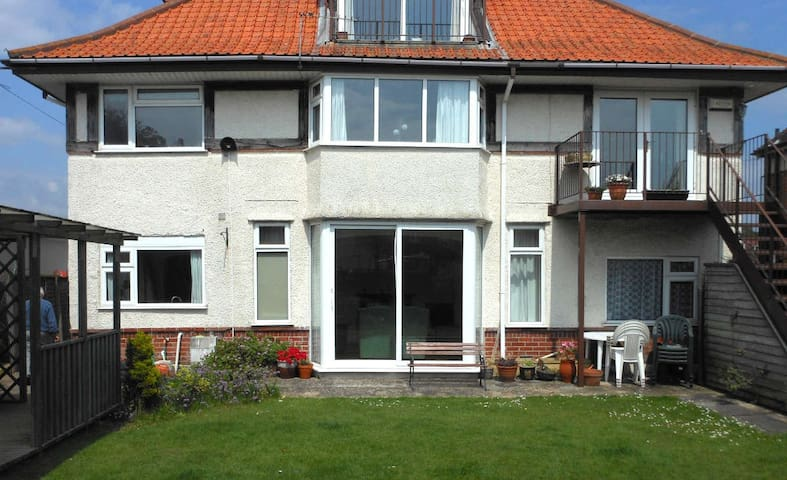 Lovely Southbourne apartment - Bournemouth - Apartament