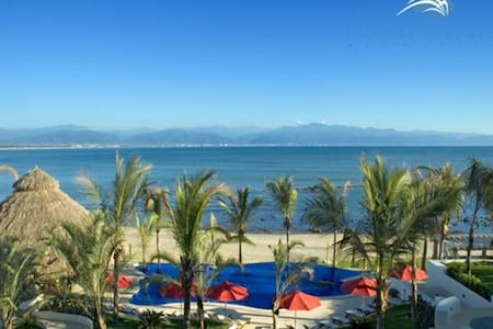 Beachfront Resort, Multiple Pools, Sleeps 8-10 - Bucerias