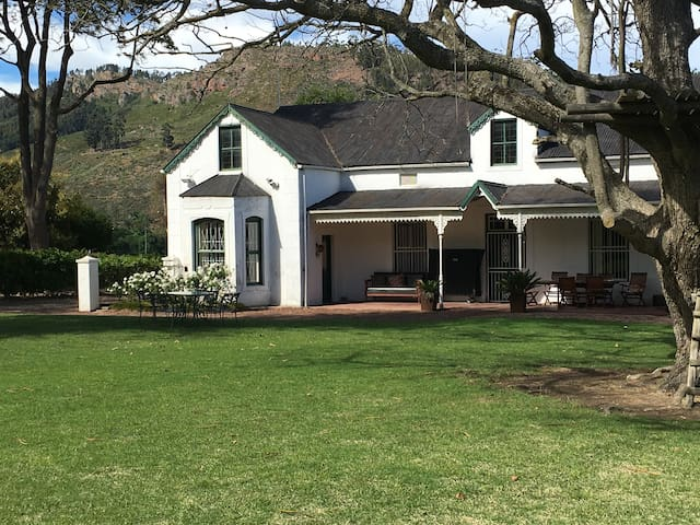 1899: Victorian Manor House Franschhoek