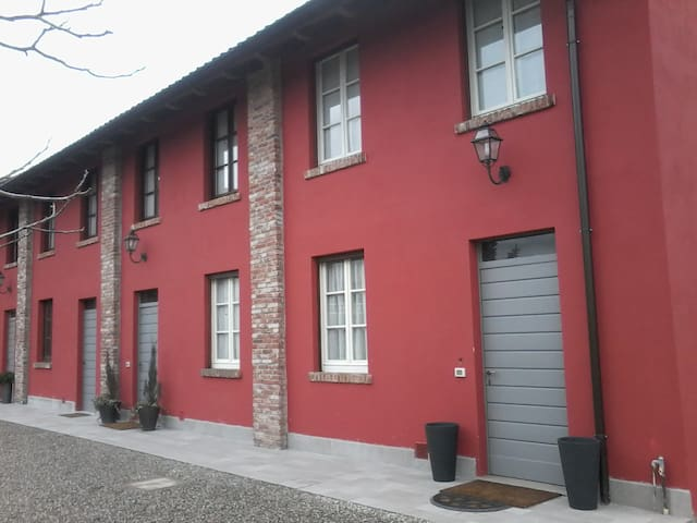 B&B Cascina Grassina - Albairate - วิลล่า