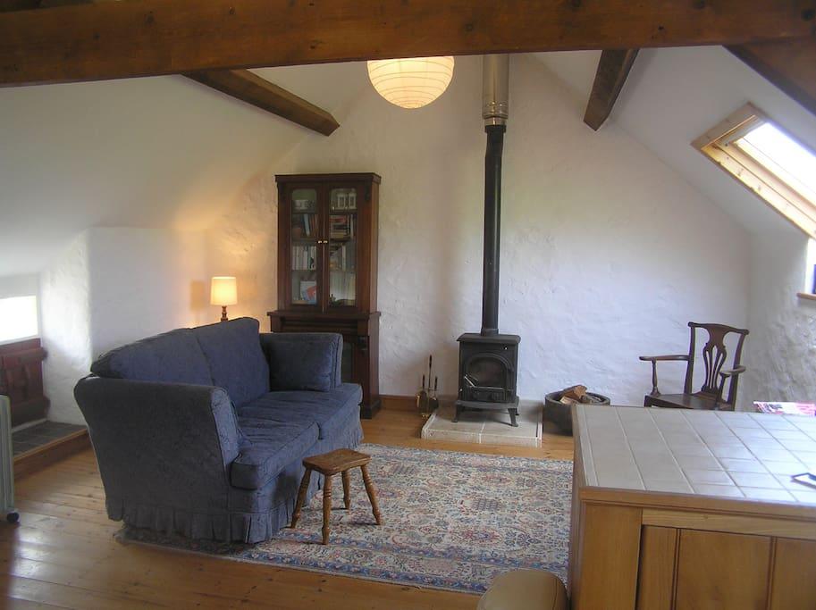 The loft b b barn apartment church bay appartamenti for Barn with loft apartment