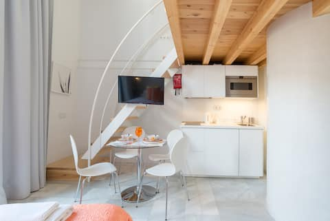 Malaga City Breaks - Superior Apartment