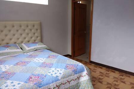 Departamento privado, con 4 dormitorios, , 2 sshh,