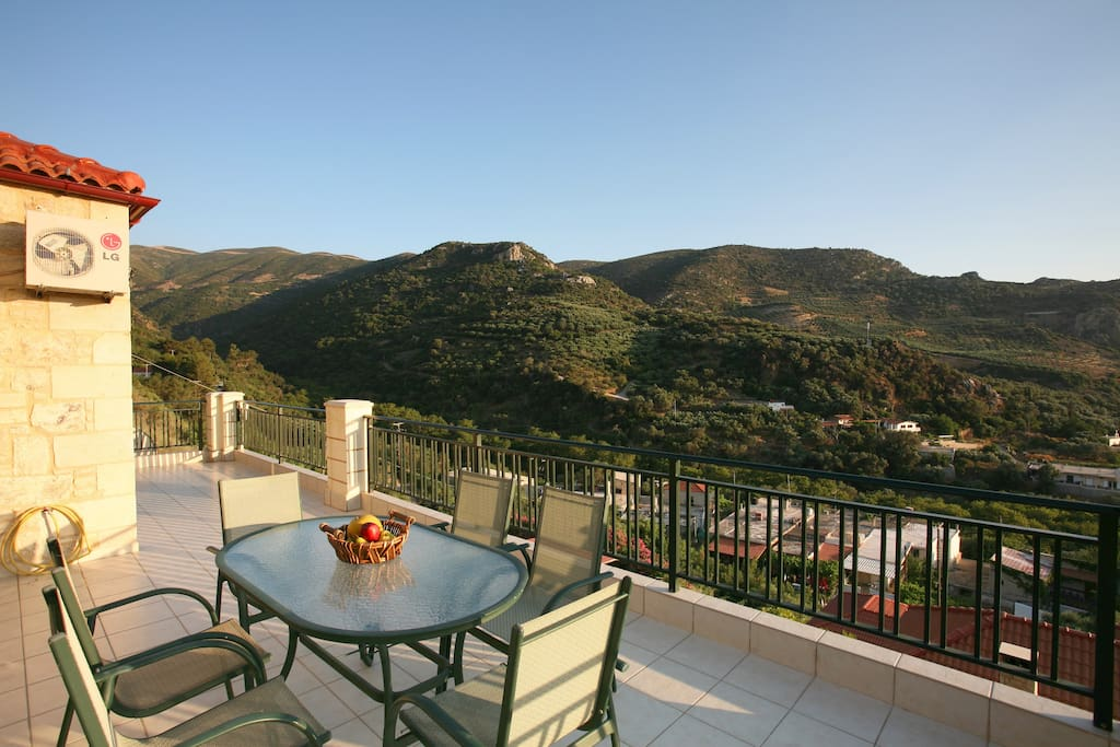 Sea and mountain views all around with no other villas left and right to it.