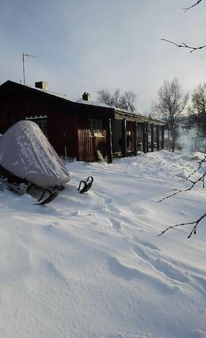 Hytte på unik plass,ved magiske Øyungen, Hessdalen