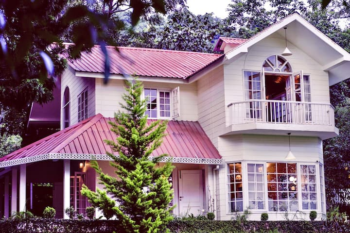 Luxury Garden Villa Dehradun 2 Bedrooms