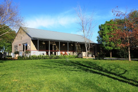 Farm Stay in heart of Wine Country