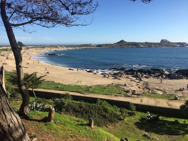 Casa en la playa, El Cantalao El Quisco V región