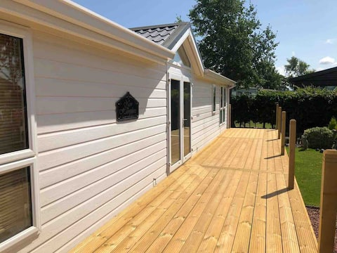 Luxury 2 bed lodge near to the Lake District