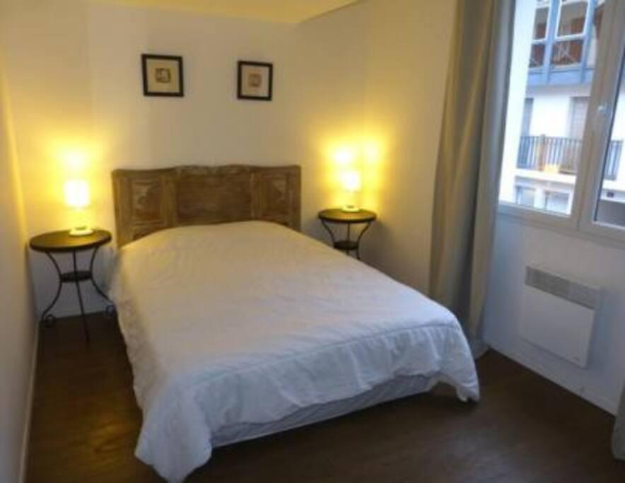 Chambre lit double 15 m²