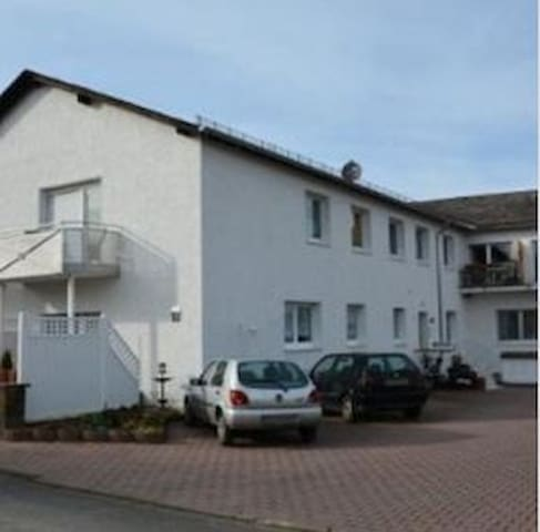 Ferienwohnungen Hermes Wohnung 20 - Holzhausen an der Haide - Apartament