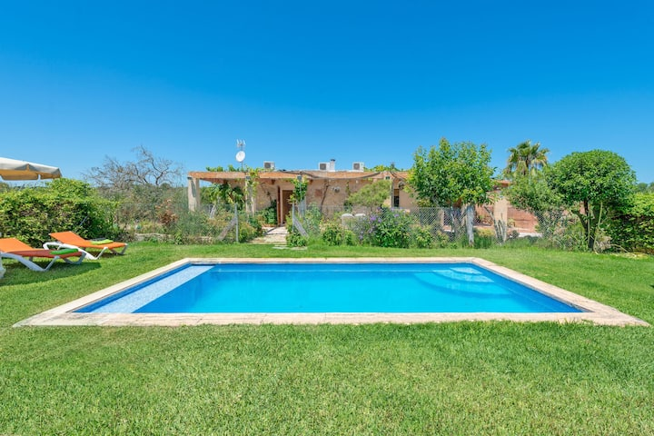EL REBOSTER (CARBONERAS) - Cosy country house with private pool and beautiful garden. Free WiFi