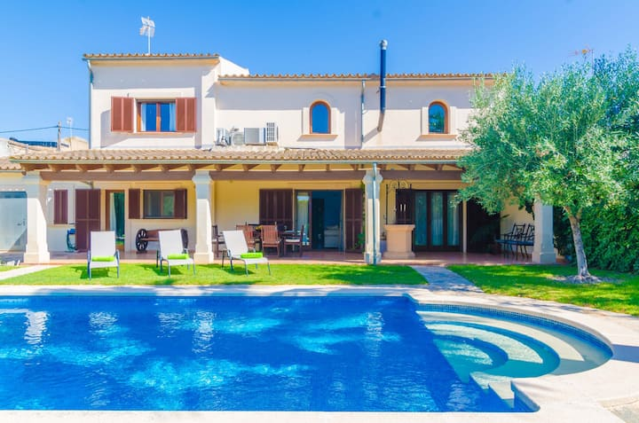 CAN TORRES - Stunning villa with private pool in inland Majorca. Free WiFi