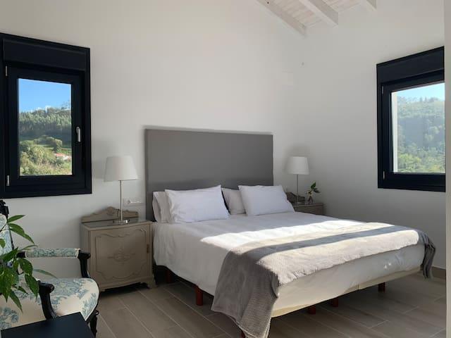 Dormitorio 2.   Bedroom 2.