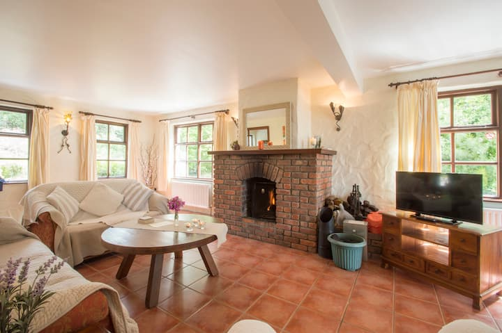 Ardagh Guest Lodge with Stunning Sunset Sea Views