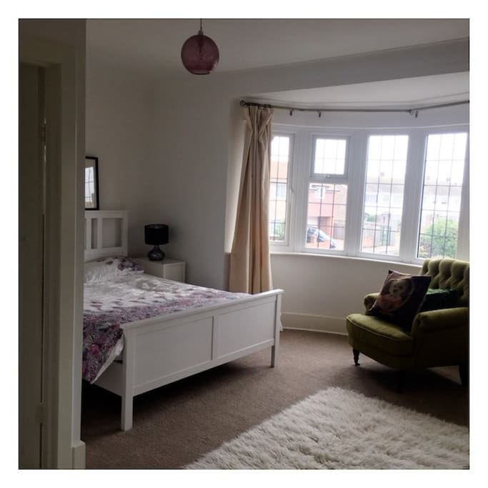 Large bedroom with ensuite