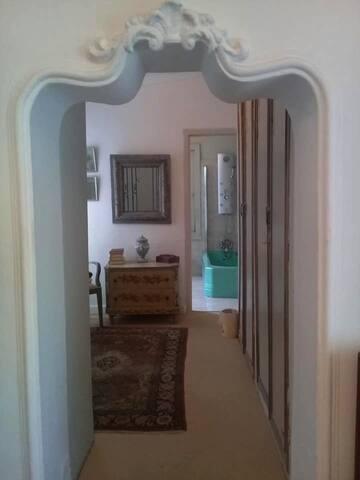 Bellingham Homestead - Original Guest Suite, En-Suite Dressing Room and Bathroom