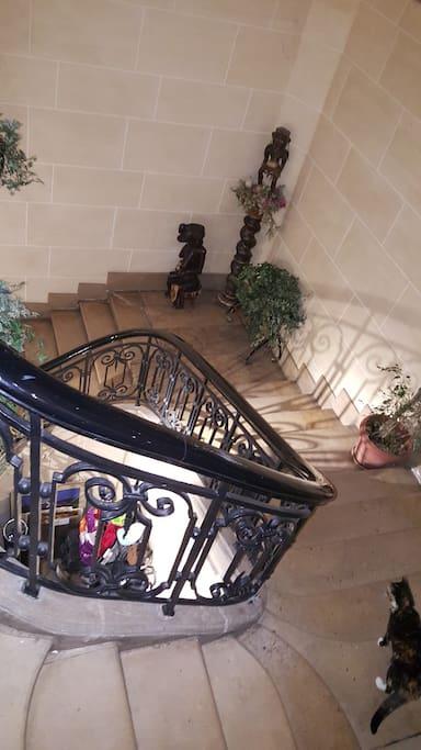 Chambre chez l 39 habitant place des vosges houses for - Chambre chez l habitant ile de france ...