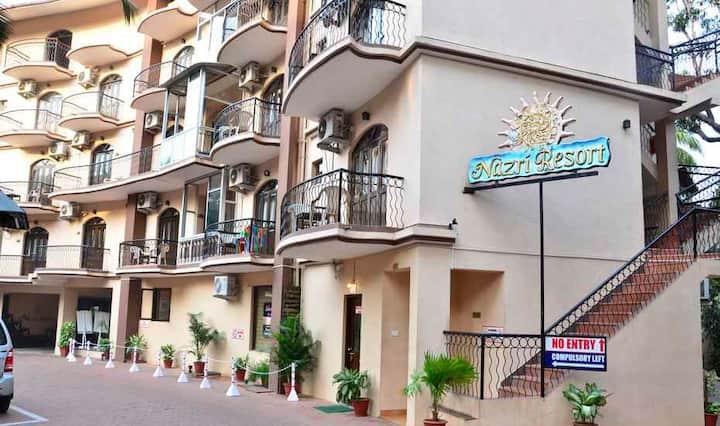 Apartment 2min walk to World Famous Tito Lane Baga