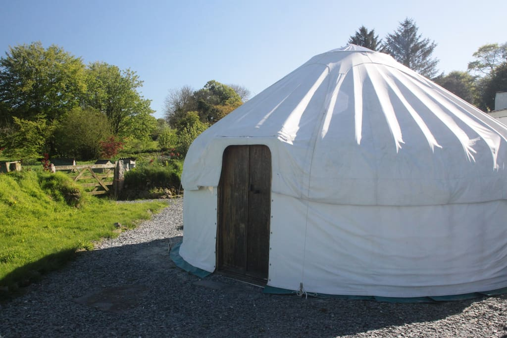 Little Links yurt