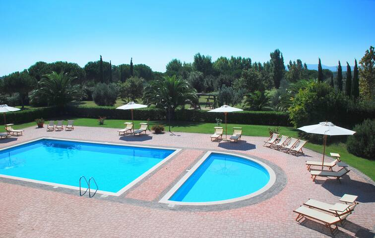 Apartment in Villa Toscana - Campiglia Marittima - House