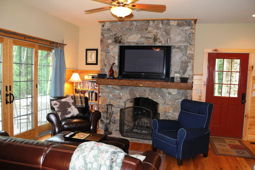 Living Room with wood burning fireplace, DirectTV, WIFI