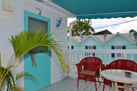 Jasmine Suite by Duval. Free Parking - キーウェスト