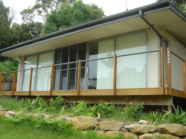 Comfortable private studio self contained cabin - Avalon Beach - Chalet