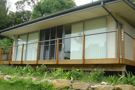Comfortable private studio self contained cabin - Avalon Beach