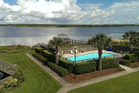 Topsail Island Retreat...! - North Topsail Beach - House