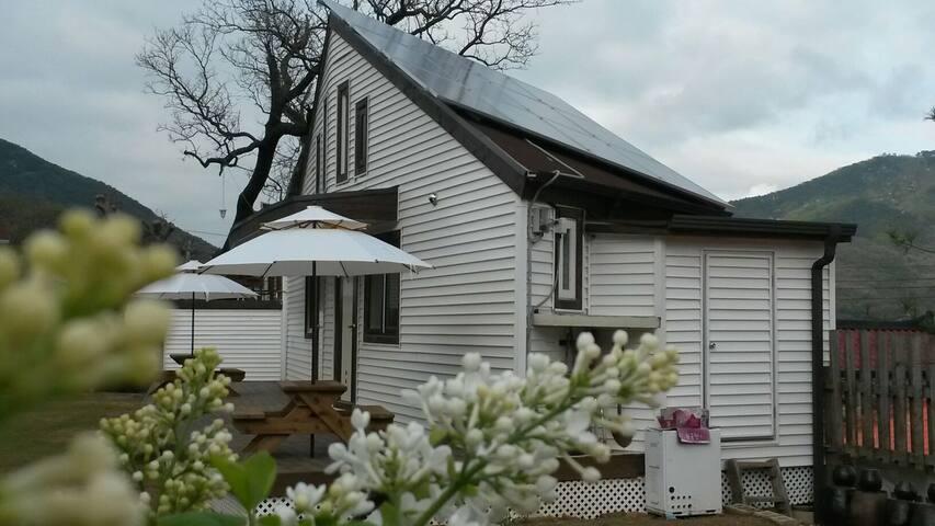 초코솔라하우스 Solar house (choco room)