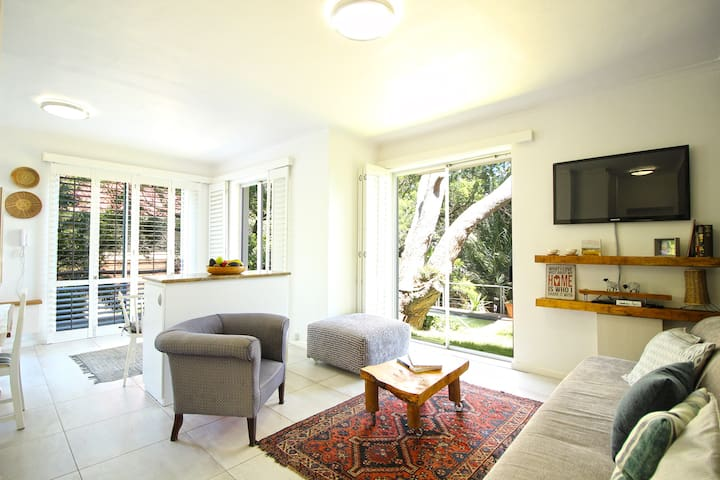 Garden Apartment With A Pool! - Cape Town - Apartment