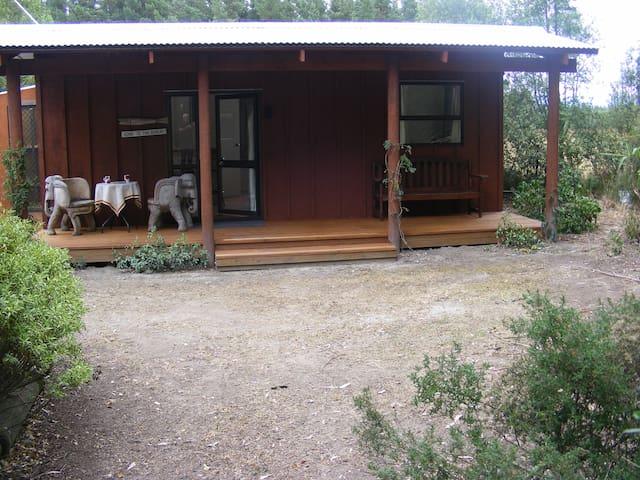 Posto Bello country garden cottage