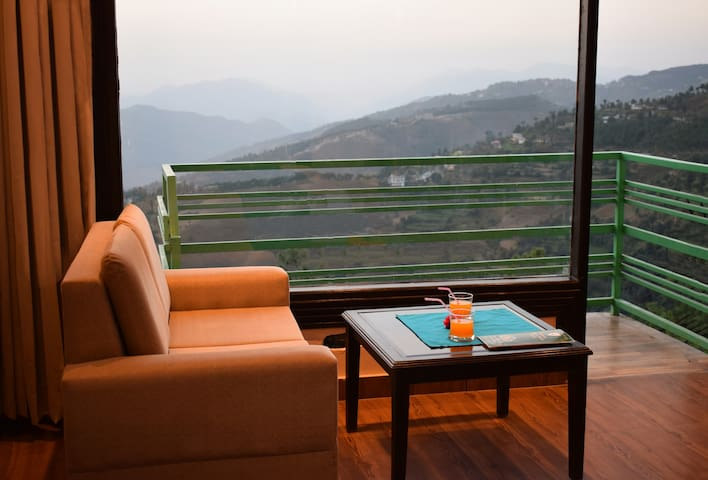 Aachman Nature Valley -View King room with balcony