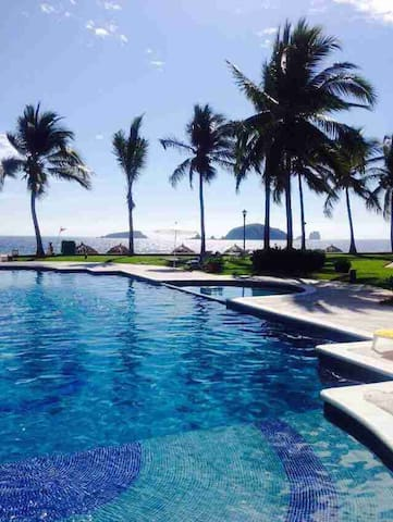 Beautiful 3br beach condo - Zihuatanejo - Appartement