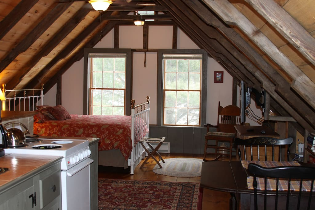 Rustic Barn Studio Apartment Cottages For Rent In Canaan