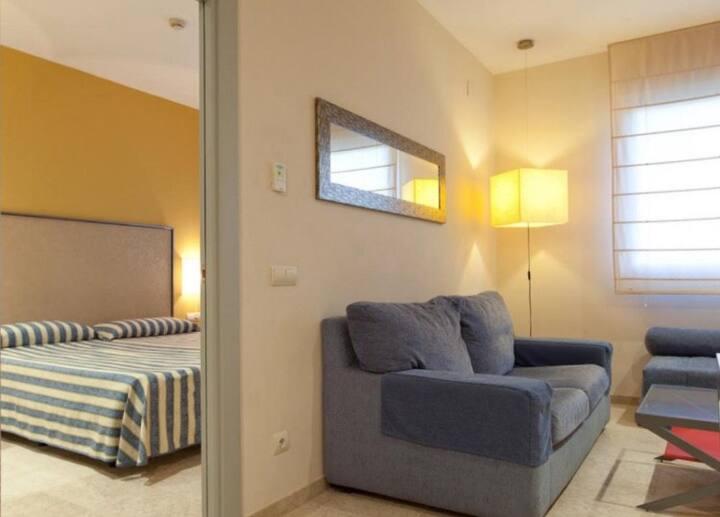 Bonito apartamento 10min de Sevilla parking gratis