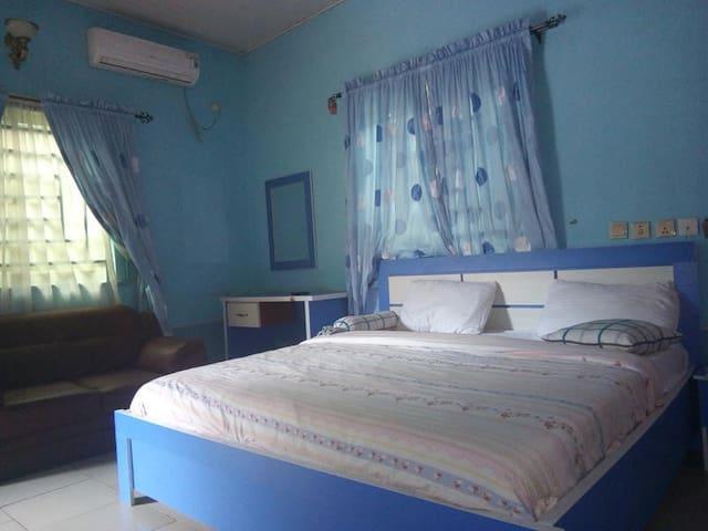 Danison Suites-Exclusive Room