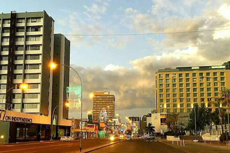 CityScape suite, luxury and new - central location - Windhoek
