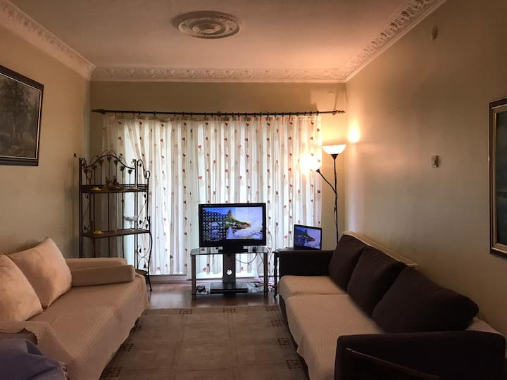 Single Clean & quite room near Kızılay and Tunali